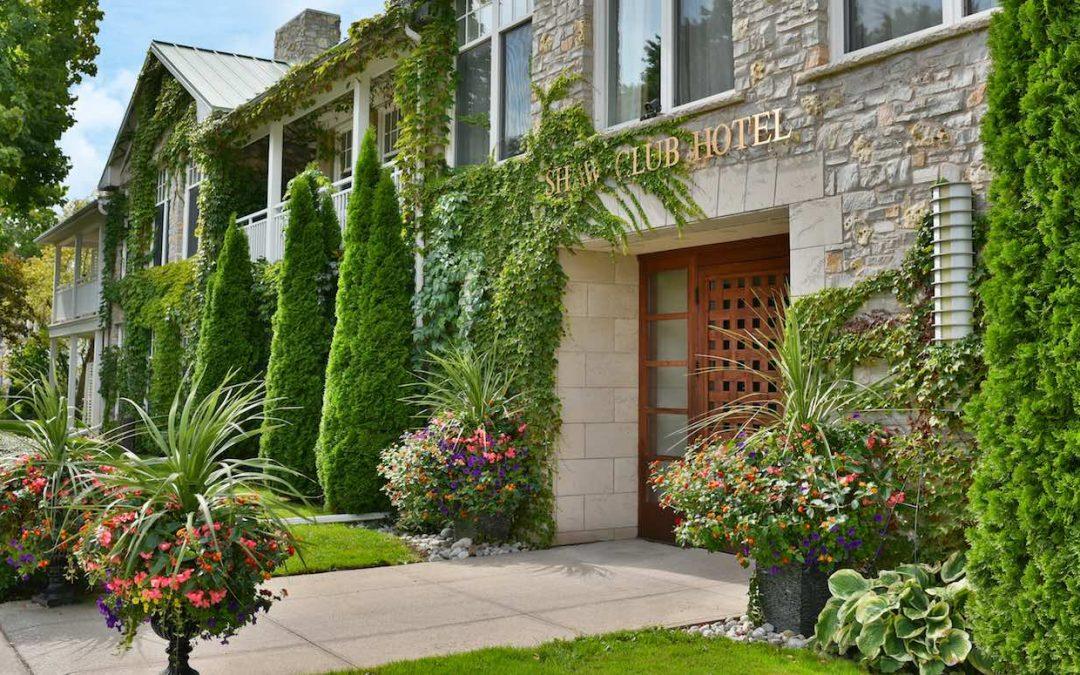Niagara Falls Shaw Club Hotel